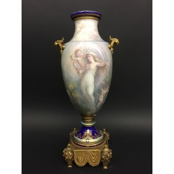 Фарфоровая ваза Севр Стиль