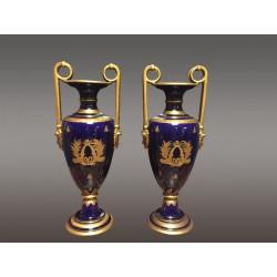 Керамические вазы для туров подписанный Peaudecerf