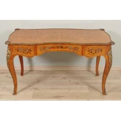 инкрустированный плоский письменный стол в стиле Людовика XV.