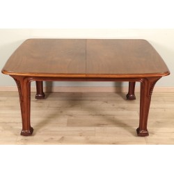 Стол в стиле модерн от Луи Мажореля