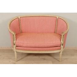 Живописный диван в стиле Людовика XVI