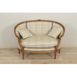 диван в стиле Людовика XVI