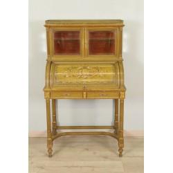Лакированный стол в стиле Людовика XVI