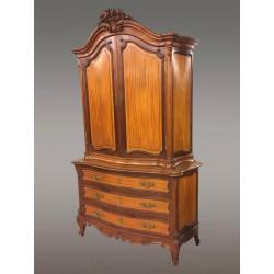 Шведский стол в стиле Людовика XV